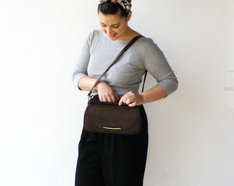 Vintage 1960s Purse / Chocolate Brown Shouler Bag