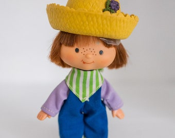 Strawberry Shortcake Huckleberry Pie Doll, First Issue, Flat Hands, 1979 American Greetings