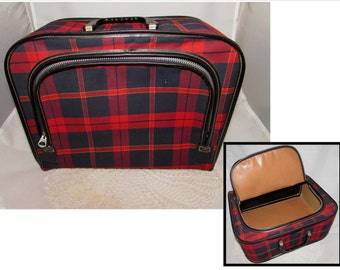 Sweet Little Vintage Soft Side Red Plaid Cloth Zippered overnight bag, luggage, suitcase, 60s, carrying case, storage container, tartan