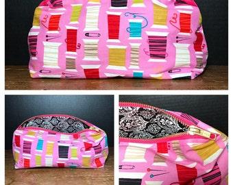 Colorful Thread Spools    sewing motif   make-up bag, fun bag, money bag, cosmetic bag, everything bag. Plum & Khloe Designs, pouch