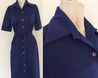 1970's Navy Blue Polyester Shift Dress w/ Pockets Size Medium by Maeberry Vintage