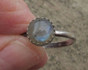 Labradorite Sterling Silver Ring - Size 7 1/4