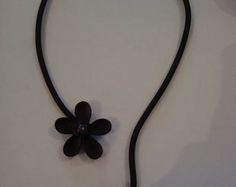 Necklace soft black flower
