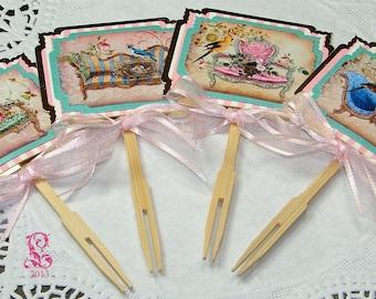 Chaises de Salon, Français d'inspiration Cupcake Toppers, lot de 12, 3 de chaque Design