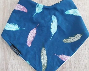 Dribble Bib - Navy Feathers