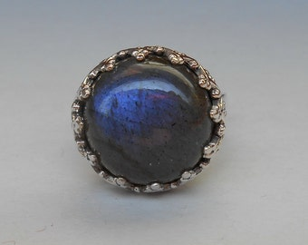 Balinese Silver sterling Labradorite ring /  size :  8 ready   /  silver 925 / granulation technique  / Bali handmade jewelry