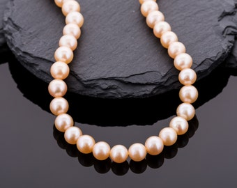 Apricot pearl necklace with special clasp//Bead chain pink//beaded jewelry//gifts for women//Gift Valentine's Day//Star
