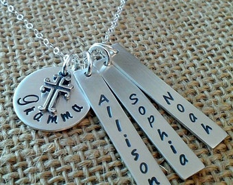 Personalized Mom Cross Name Necklace, Personalized Grandma Grandkids Names Necklace, Mother Necklace, Mom Necklace, 925 Grandma Necklace