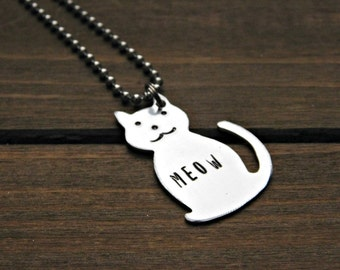 Cat Necklace Custom Engraved Pet Memorial Stamped Kitty Personalized Jewelry Animal Lover Rescue Cats Silver Pendant Birthday Christmas