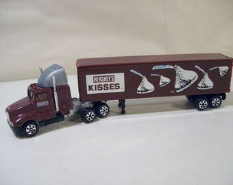 Vintage Road Champs Hershey's Kisses Die cast Kenworth Semi Truck, 1987
