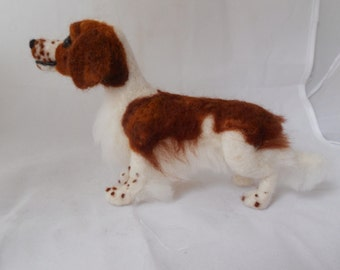 Custom needle felted sculpture of your pet by a Scottish artist. - medium sized. Simple coat example welsh springer spaniel