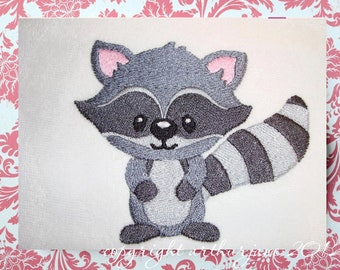Racoon Embroidery Design, INSTANT DIGITAL DOWNLOAD, Woodland Animals for Machine Embroidery 4x4
