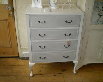Vintage, Shabby Chic,  Chest of 4 Drawers, Shabby chic, french Style, hand painted