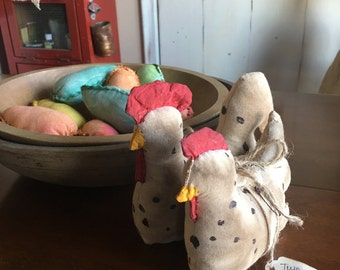 Handmade/Primitive Chickens/ Rooster and Hen / Farmhouse chickens/Spring