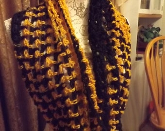 Infinity Scarf, Twisted Scarf, Mobius Scarf in Gold and Black