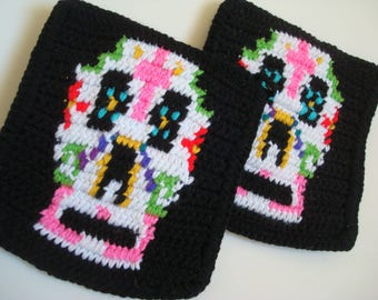 Sugar Skull Potholders Dia de los Muertos Potholders Day of the Dead Potholders Crocheted Unisex Gift Present Hostess Birthday MADE TO ORDER