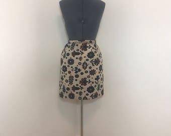 1960s floral mini skirt
