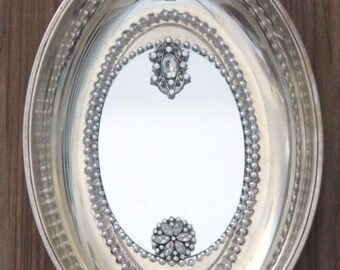 Oval Beaded Edged Embellished Silver Plated - Mirrored Wall Decor