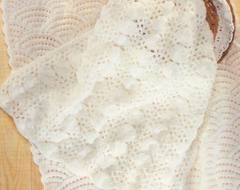 Knitting Pattern - Sea shells and Scallops Blankets/Afghans - DK download PDF
