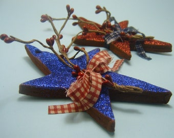 2 Sets of Berry and Bright Country Stars with Berries Cinnamon Ornaments