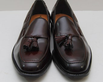 NOS new vintage mens size 10 leather oxblood tassel loafers