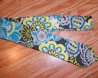 Boys tie, toddler tie, infant tie, customize it to match your little girls dress in any fabric in my shop. Please include size.