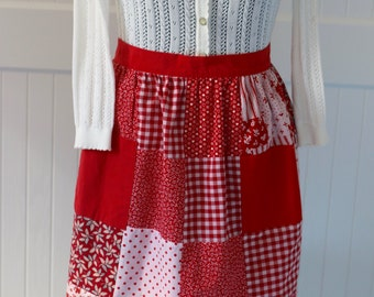 Retro half apron, vintage apron, red patterned, reversible, ruffles, handmade, accessories, cotton