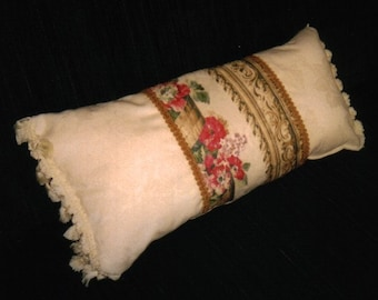 pillow of natural cotton with floral inset