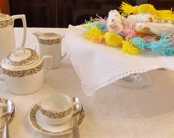 Napkin for bread basket or basket for sweets