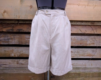 Vintage 1990's Beige Rayon and Linen Blend Walking Shorts by FD & Co Size Tall