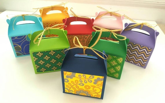 Send Wedding Gifts Online India: Indian Wedding Favor Boxes / Indian Wedding Favors / Wedding