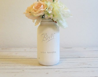 White Half Gallon Mason Jar / Large Painted Mason Jar / White Flower Vase / Rustic Wedding Centerpiece / Shabby Chic Mason Jar