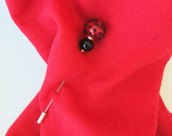 Glass black and red stick pin. Murano glass hat stick pin. Red and black lapel pin. Useful  jewel. Vintage style brooch.