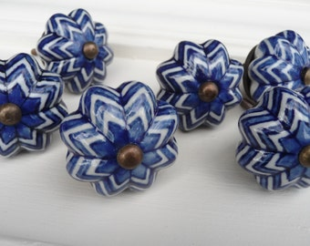 Cobalt Blue & White Ceramic Knob ~ Pumpkin Scalloped Pattern ~ Shabby Chic ~ Squash Knob Drawer Pull - Rustic Romantic Country