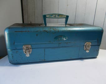 Vintage Old Pal Metal Tackle Box