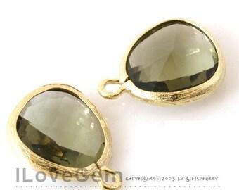 P1750 Gold plated,Olive green, Glass fancy rosecut 12.5mm, Glass pendant, Framed glass, 2pcs