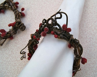 Christmas Berry Napkin Rings - Set of 4 Grapevine Napkin Rings - Holiday Napkin Rings - Rustic Dining Table Decor