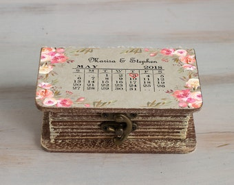 Save the Date Wedding box, Ring Bearer Box, Calendar Wedding Box, Personalized Ring Box, Wedding Ring Box, Pillow Alternative, Ring Holder
