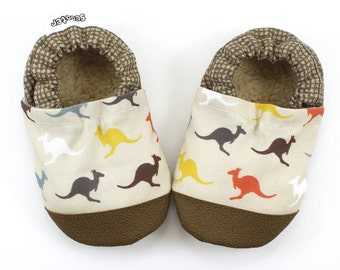 kangaroo baby shoes kangaroo slippers soft sole shoe australian outback baby kangaroo clothing rubber sole shoes brown baby booties for boy