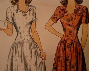 Vintage 1930s 1940s Simplicity Dress Sewing Pattern, 4674