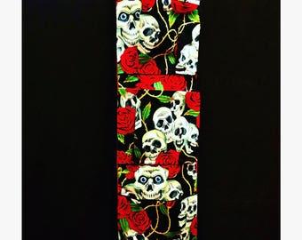La Jefita Original: Hand Made Organizer (White Skulls With Roses)