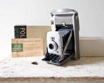 Vintage Polaroid Land Camera Model 80B