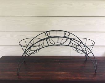 Metal wire 3 pot plant stand