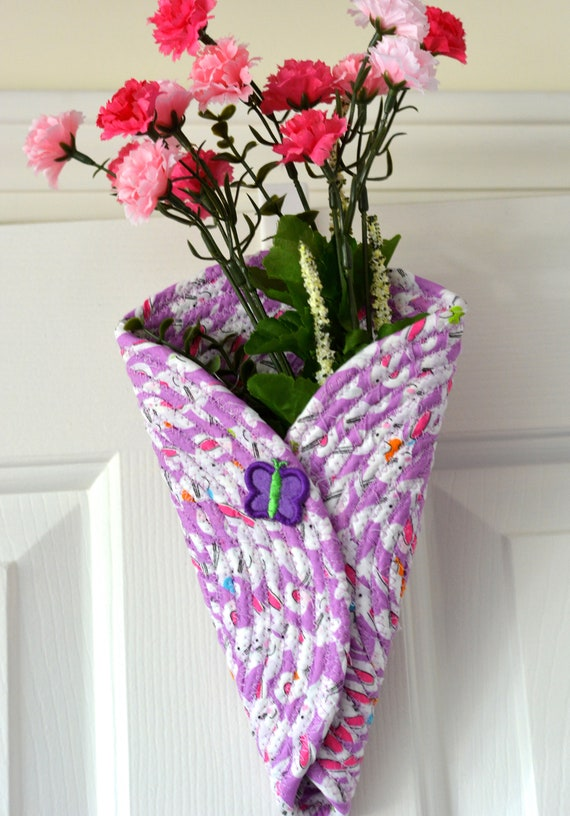 Violet Door Hanger, Lovely Spring Wall Art, Artisan Quilted Wall Vase, Handmade Violet Home Decor, Modern