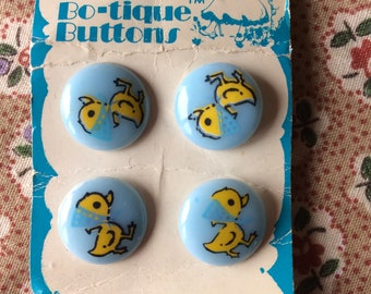 """Vintage 4 New Blue with Yellow Ducks Round Buttons 5/8"""" Plastic by Streamline"""