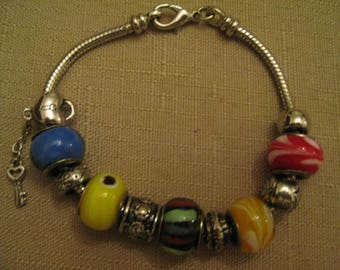 PANDORA STYLE LAMPWARK Glass Charm Beads Silver Tone Metal Heart And Key Charm Spacer Beads And Bracelet