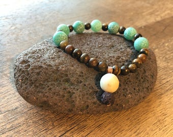 Dyed Agate and Jasper Bracelet