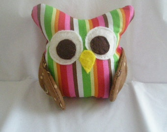 Tiny owl plush toy friend