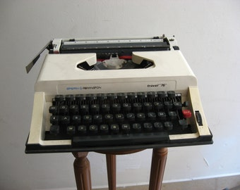 remington typewriter speedy travel 76