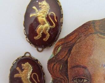 Vintage Lion Chocholate Brown Crown Western German Cabochons